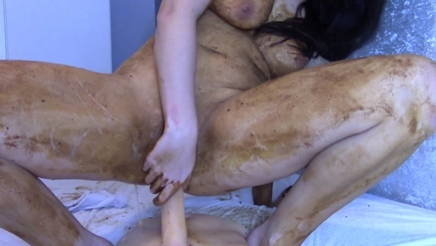 Legging Crackling Shit And Smear - Sex With evamarie88  (2018) [FullHD 1920x1080 / MPEG-4]