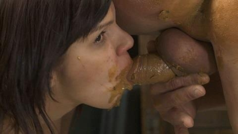 Gentlemens Toilett No.1 - I shit my ugyl scat in your mouth - Sex With Juicy Julia (2017) [FullHD 1920x1080 / MPEG-4]