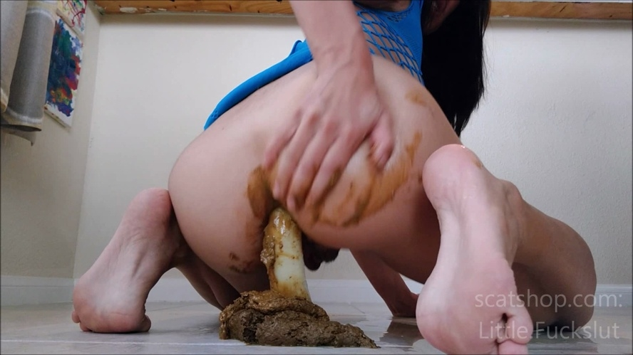 This shit turns you on? You're a Nasty Fuck aren't you? - Sex With littlefuckslut (2019) [FullHD 1920x1080 / Windows Media]