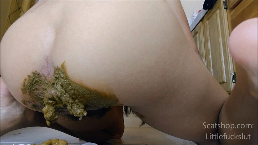 Big Poop in White Panties & Ass Smear - Sex With littlefuckslut (2019) [FullHD 1920x1080 / Windows Media]
