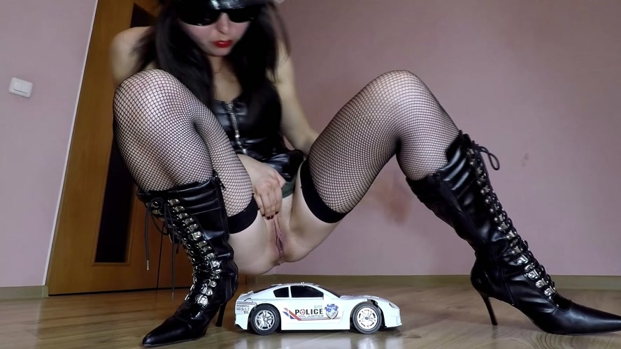 Police Toy Car Crush - Sex With janet (2020) [FullHD 1920x1080 / MPEG-4]