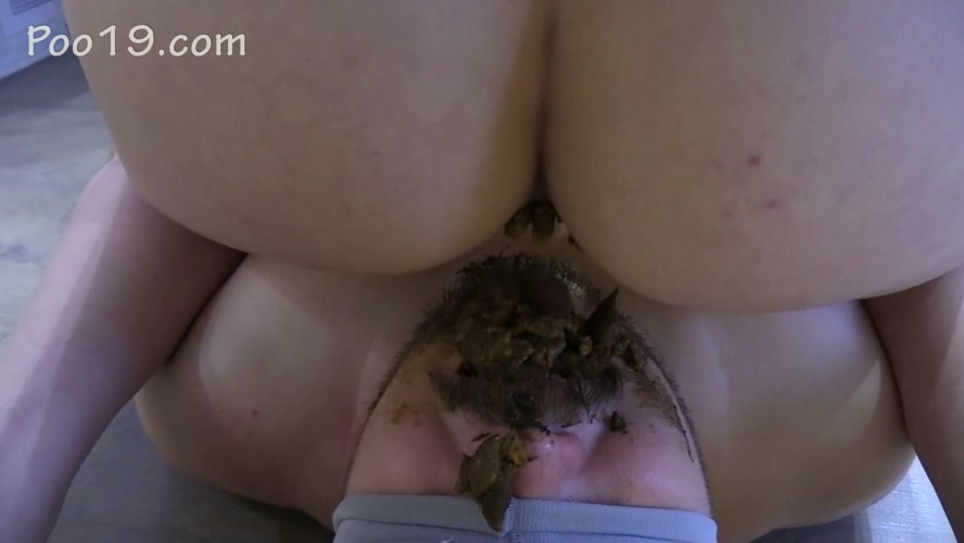 Feeding shit after warming - Sex With MilanaSmelly  (2020) [FullHD 1920x1080 / MPEG-4]